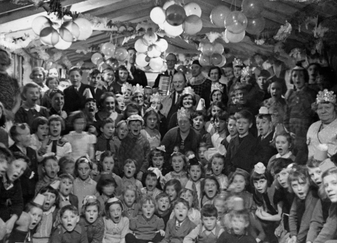 Christmas party, Mitcham 1939